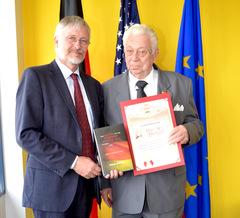 Hans Eberhard, Consul General Neumann